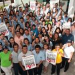 03 Grupo Dolphin Discovery reconocido como Súper Empresa 2013